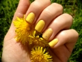 Spring yellow gel polish.jpg